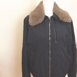 Gucci Men's Jacket. Made in Italy. Size: 50